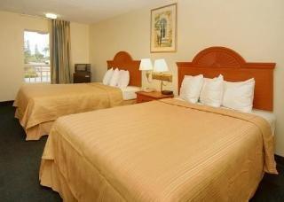 фото Quality Inn & Suites Sarasota 1208241305