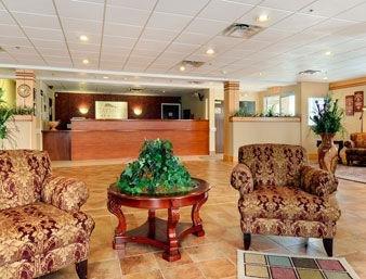 фото Baymont Inn & Suites of Elizabethtown 1208243183