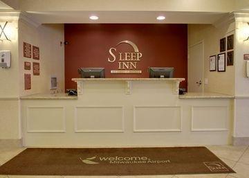 фото Sleep Inn & Suites Airport 1208323142