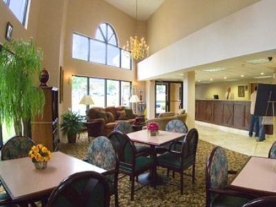 фото Best Western Gwinnett Inn 1208354189