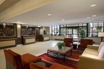 фото Hilton Cleveland East Beachwood Hotel 1208357931