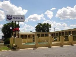 фото Knights Inn San Marcos 1208390811