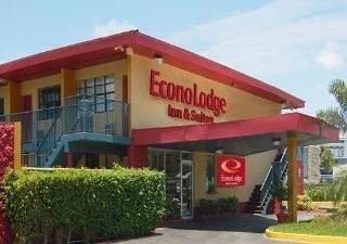 фото Econo Lodge Inn & Suites 1208530950