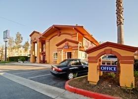 фото Quality Inn & Suites Escondido, CA 1208695378