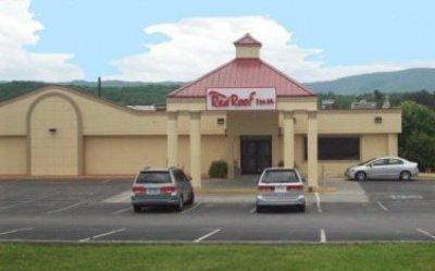 фото Red Roof Inn Newport 1208861632