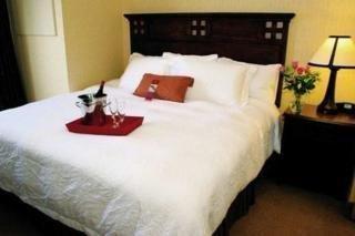 фото Hampton Inn & Suites Tahoe Truckee 1209081483
