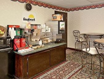 фото Days Inn Concord 1209535335