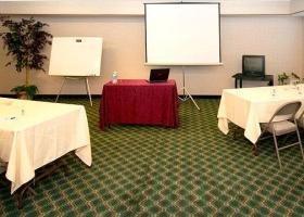фото Comfort Inn & Suites Redwood Country 1209862560