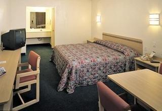 фото Motel 6 El Paso Central 1209881941