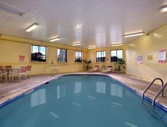 фото Baymont Inn and Suites Waterloo 1209907738