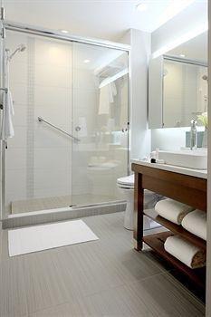 фото Hyatt Place Portland-Old Port 1328706132