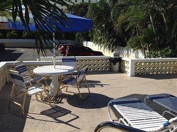 фото The Grove Beach Vacation Rentals 1333060763