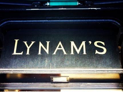 фото Lynams Hotel 144610889