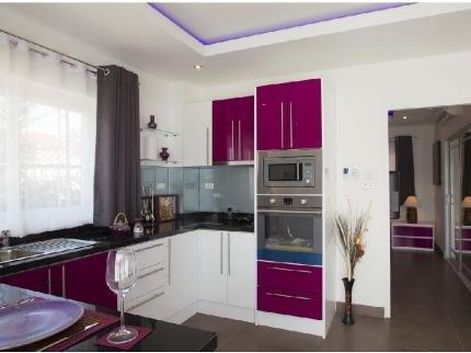 фото Tudor Court Serviced Apartments 144941585