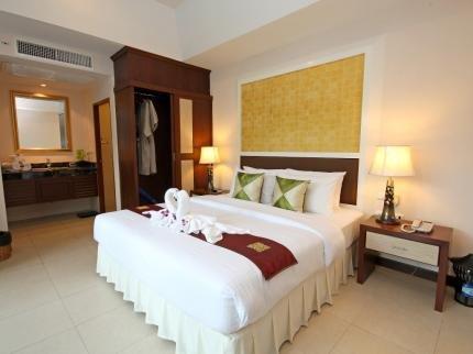 фото Thai Thani Pool Villa Resort 144982306