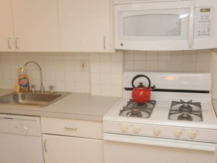 фото East Broadway Apartment 145193840