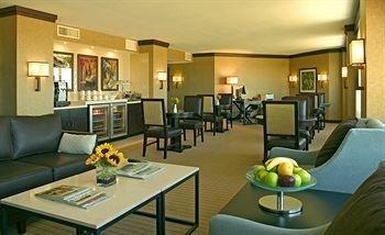 фото Sheraton Arlington Hotel 146104139