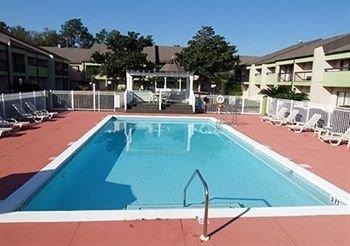 фото Quality Inn & Suites Pensacola 146131631