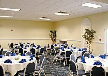 фото Hampton Bay Plaza and Suites 146148676