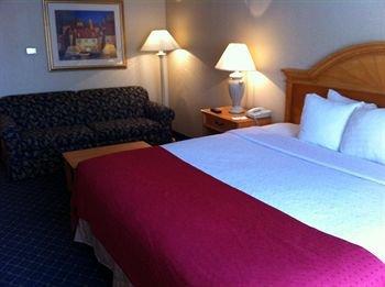 фото Caribbean Cove Hotel & Water Park 146150590