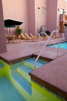 фото Lodge on the Desert 146150909