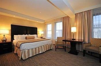 фото International Hotel 146216424