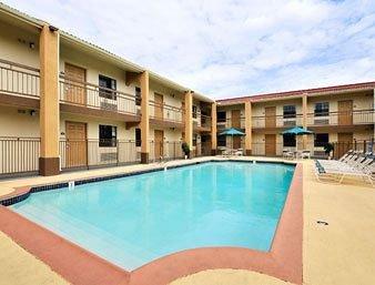фото Days Inn Hotel Houston 146223378