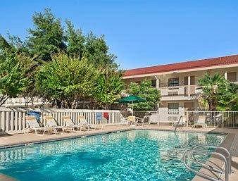 фото Baymont Inn and Suites Longview 146223429