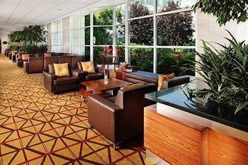 фото Wyndham Hamilton Park Hotel & Conference Center 146315559