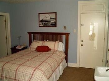 фото Gallatin Gateway Inn 146325062