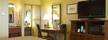 фото Quality Inn & Suites Boulder Creek 146354936