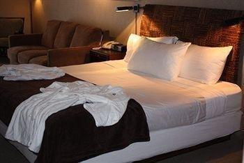 фото Best Western Plus Silverdale Beach Hotel 146373911