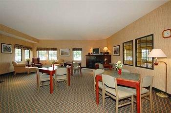 фото Comfort Inn Willmar 146376129
