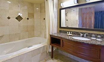 фото Red Lion Hotel Salem 146382457