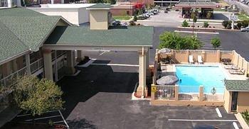 фото Best Western Truman Inn 146388968