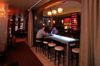 фото Executive Hotel Pacific 146403177