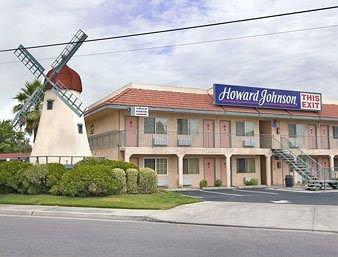фото Howard Johnson Express Inn Modesto Ceres 146426559