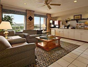 фото Baymont Inn and Suites Cambridge 146459796