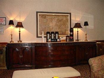 фото Majestic Hotel 146474315