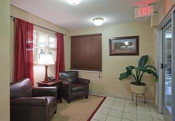 фото Candlewood Suites Huntsville 146484408