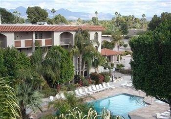 фото Chaparral Suites Scottsdale 146519368