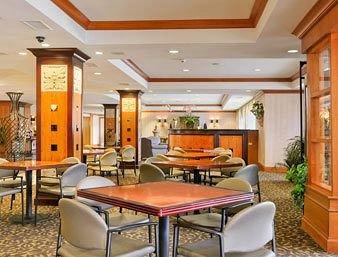 фото Ramada Hotel and Conference Center Dallas 146535607