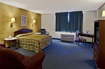 фото Americas Best Value Inn 146550744