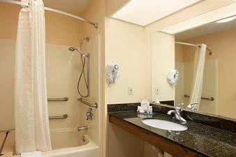фото Baymont Inn & Suites - Duncan 146563352