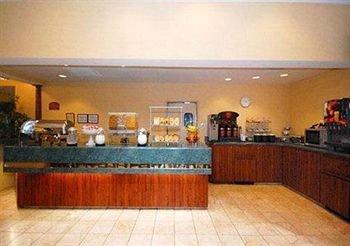 фото Comfort Suites I-240 East-Airport 146577925