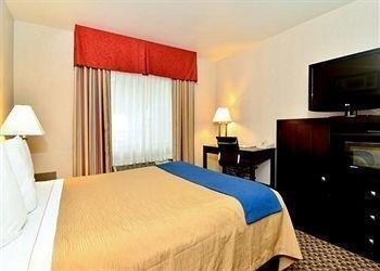 фото Comfort Inn Columbia Gorge Gateway 146585689
