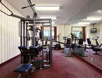 фото Microtel Inn & Suites by Wyndham Raleigh 146609823