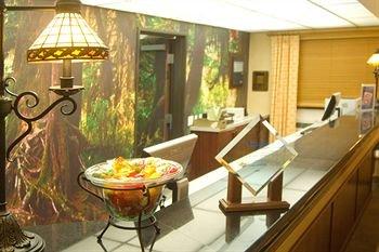 фото Phoenix Inn & Suites Lake Oswego 146643566