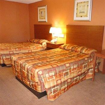 фото Plantation Inn Hotel and Lounge 146680796