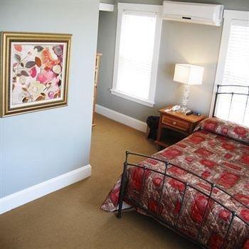 фото The Inn at Crystal Cove on Boston Harbor 146691307